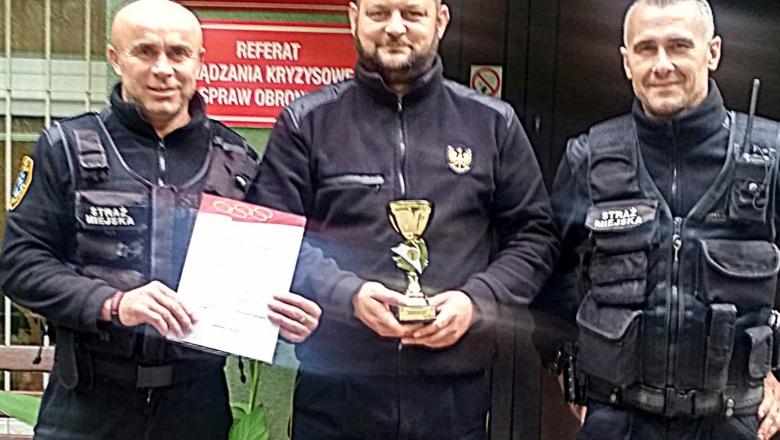 Wojewódzkie Zawody Strzeleckie Świt 2018. Starachowicka Straż Miejska z sukcesami !!!